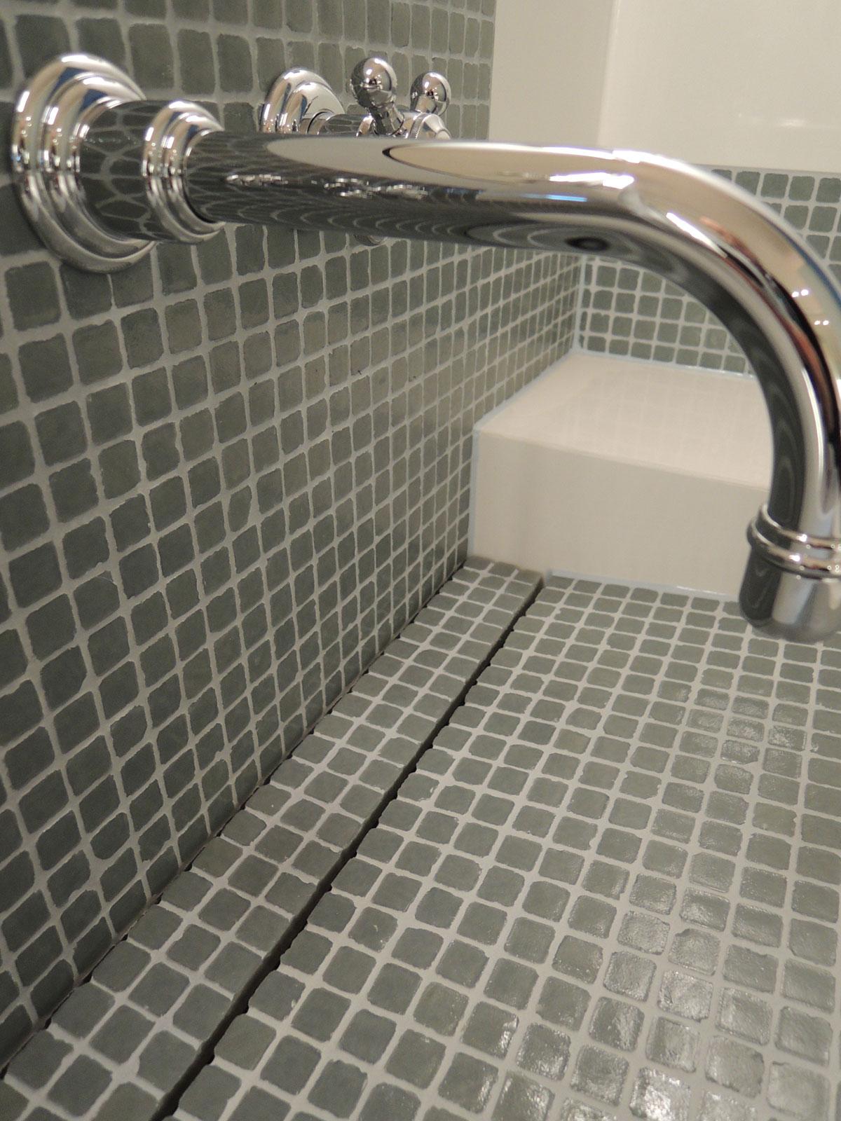 Faience Verre Salle Bain salle de bains : lavabos en faïence et pâtes de verre